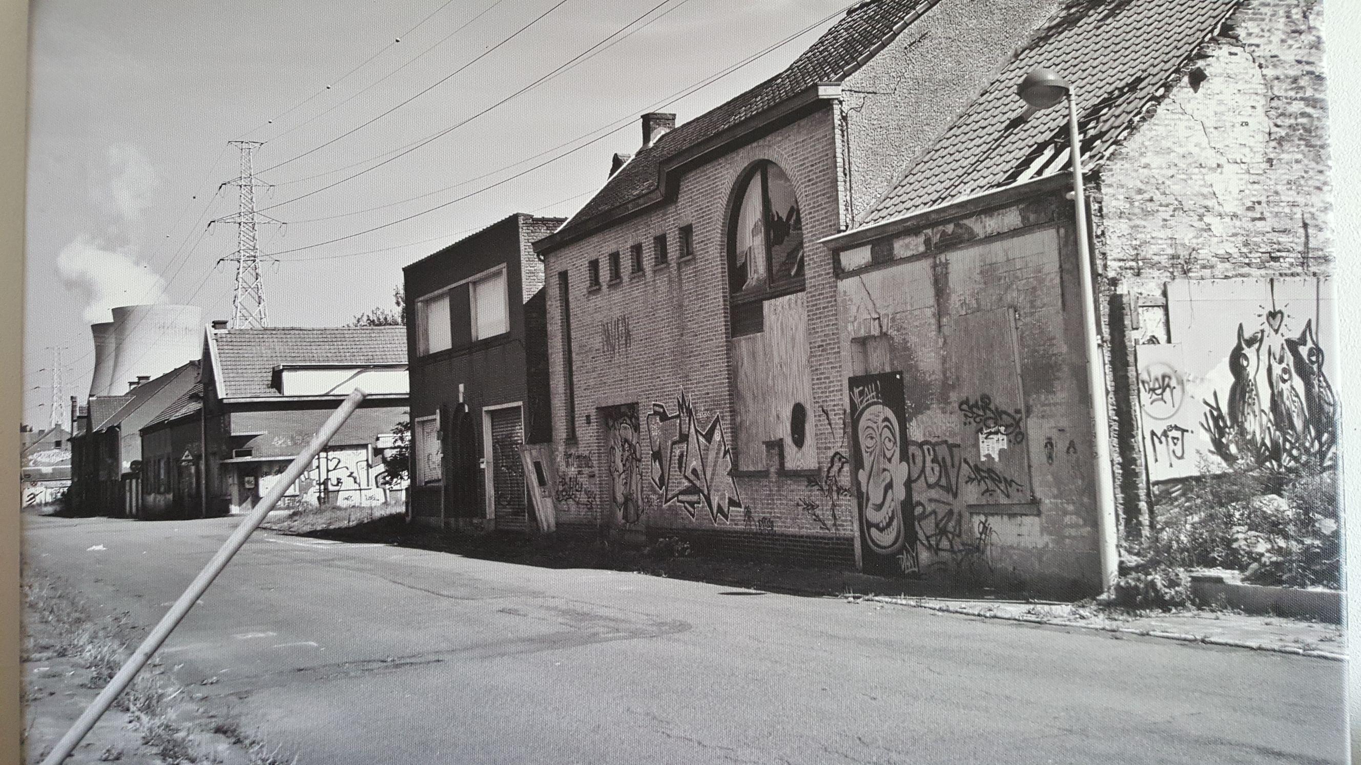 194643-4cbcG.jpg