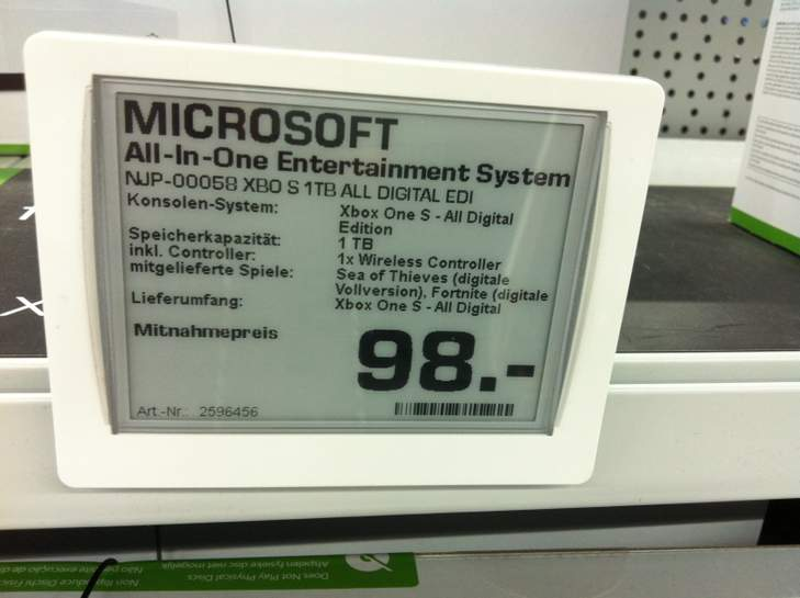 881898-XwbHP.jpg