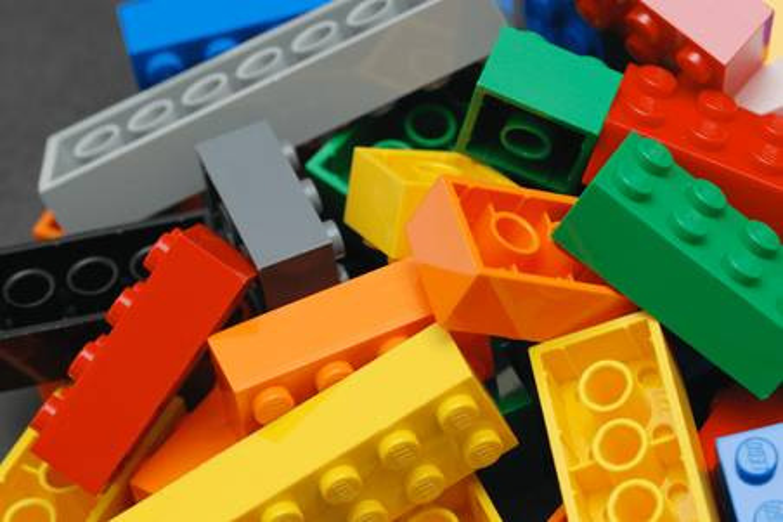 lego-comparison_table-m-1