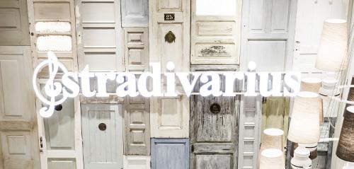 [BLACK FRIDAY] 20% korting op alles @ Stradivarius