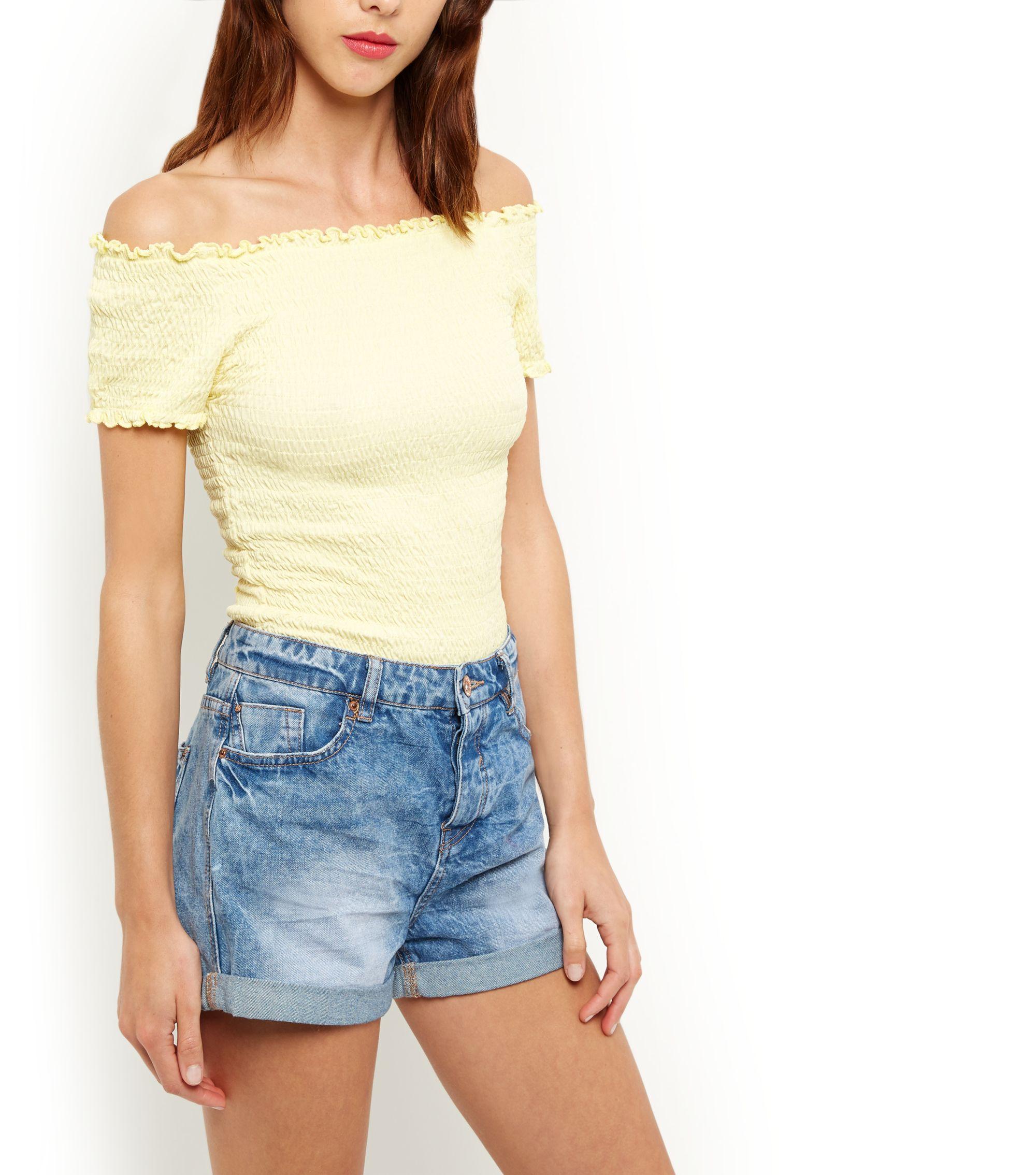 Nieuwe items toegevoegd aan sale @ New Look - (dames)shirts (xs / s) voor €1 (excl.)