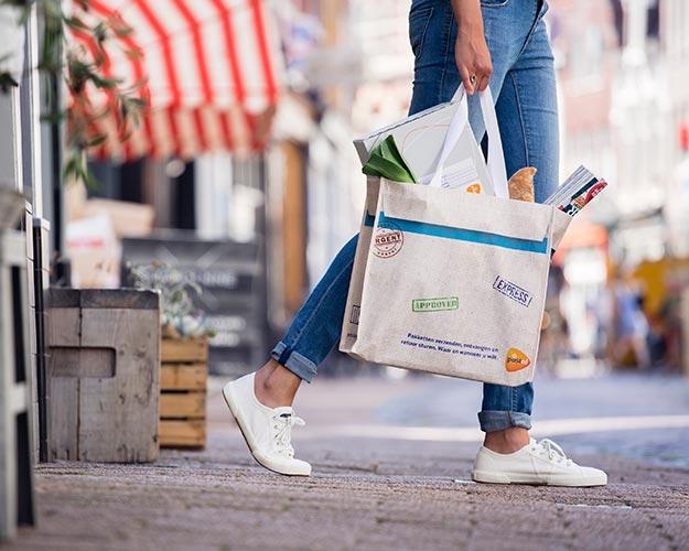 Gratis unieke shopper van PostNL door voucher @ Spar en Attent