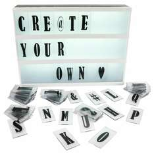 t/m 18 dec letterlamp/lightbox met 85 letters voor €13 @jysk