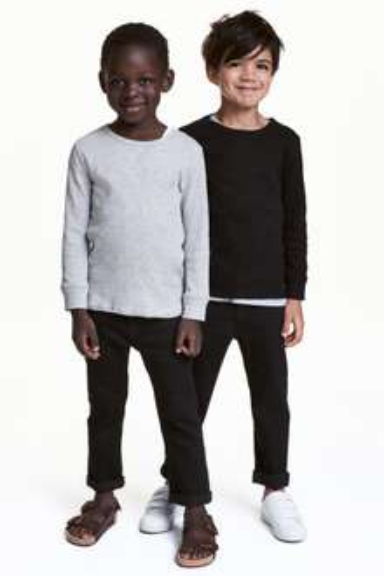 Set van 2 boys slim jeans (mt 92 t/m 170) 13,99 + gratis verzending @ H&M