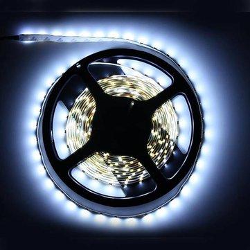 5M White 3528 SMD LED Strip Light Non-Waterproof 12V DC 300 LED voor €1,54 @ Banggood