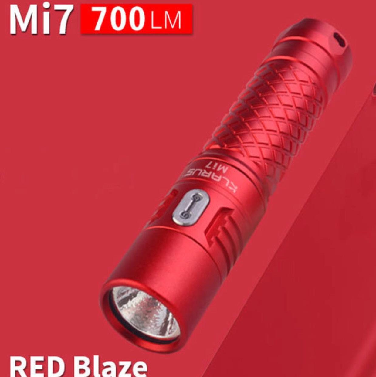 Klarus MI7 rood zaklamp 700 Lumen @Banggood