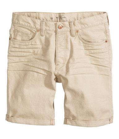 Chinoshorts €4 / Denim shorts €10 / Cargoshorts €12 @ H&M