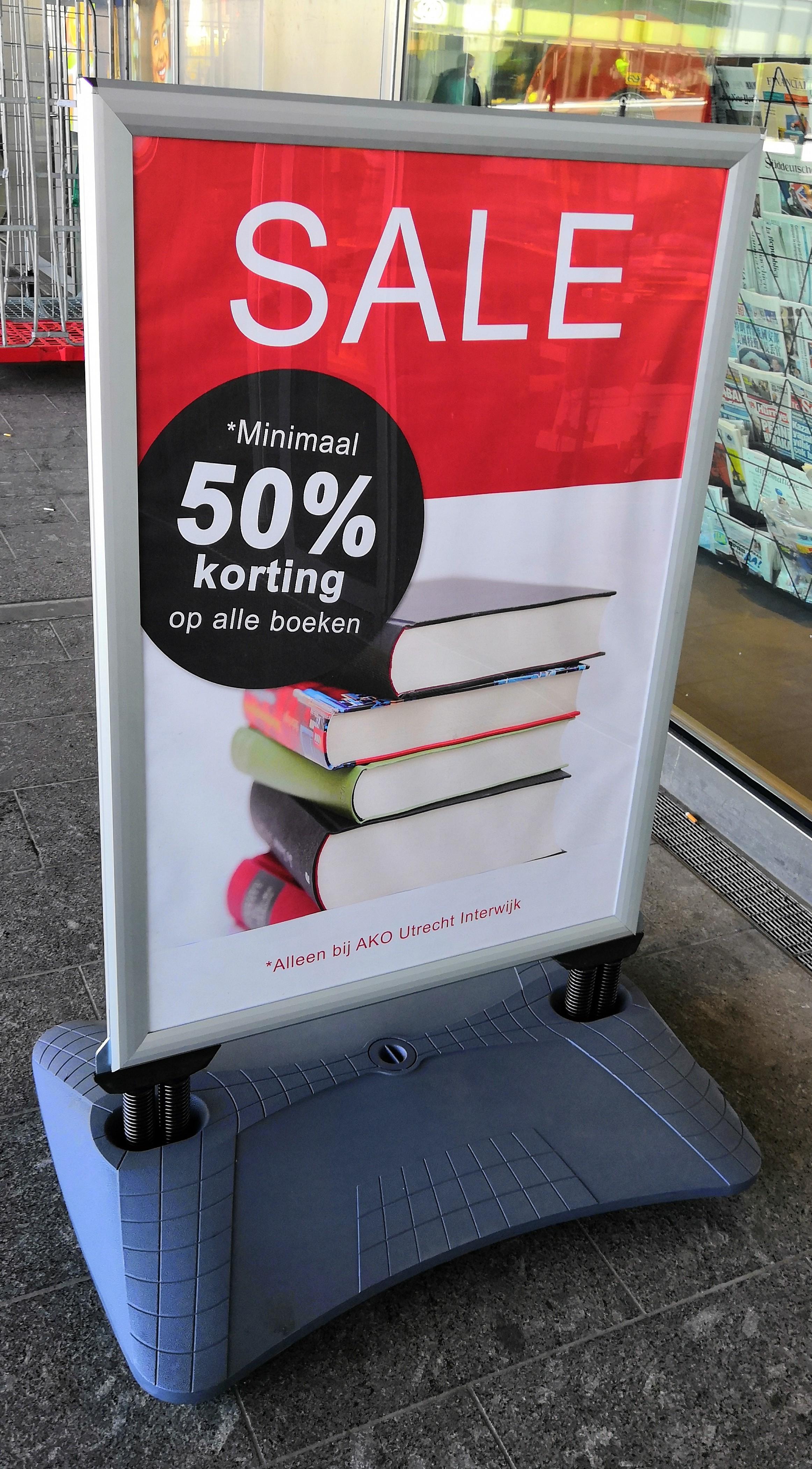 [Utrecht CS] minimaal 50% korting op boeken @Ako