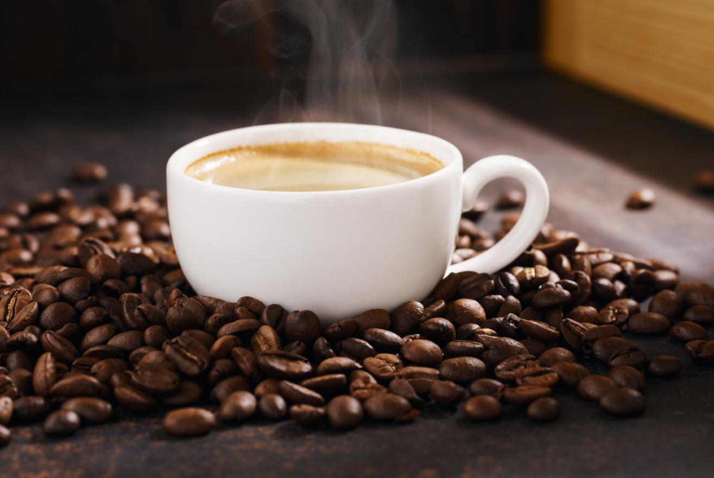 Gratis koffie in spits op 6 NS stations (Leiden, Haarlem, Amsterdam-Zuid & Sloterdijk, Den Haag CS & HS.