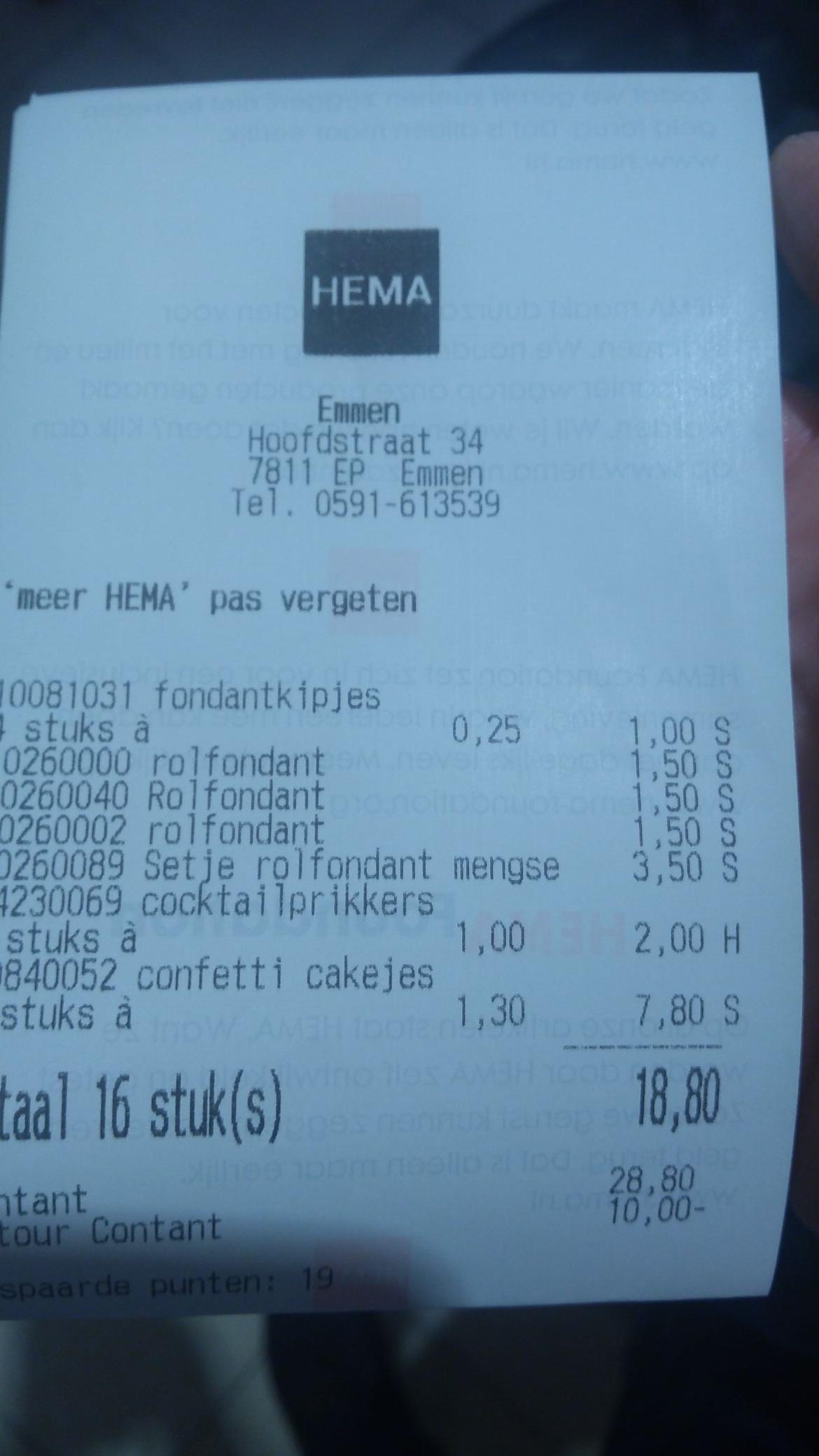 Paaschocola, koekjes, roomfondant, marsepein 4 voor 1,- Hema Emmen (Hoofdstraat)