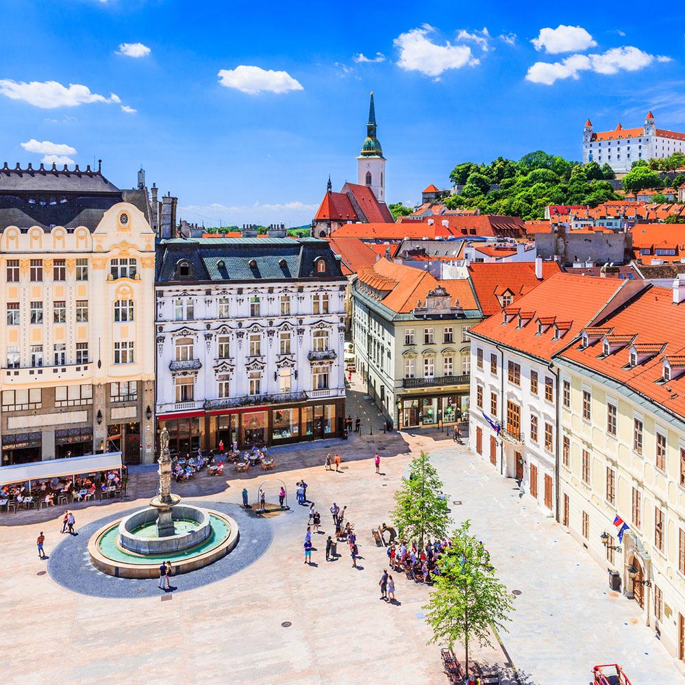 Vliegtickets: Stedentrip Wenen en Bratislava incl. trein voor €45,80 @ WizzAir/Ryanair/ÖBB