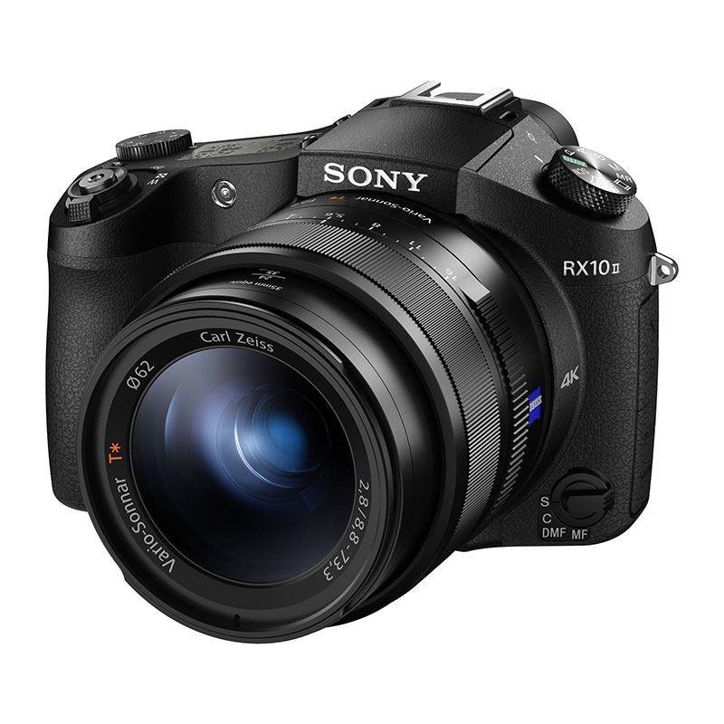 Sony Cybershot DSC-RX10 II met 24-200 mm F2,8 Zeiss-lens @Amazon