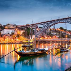 Vliegtickets: Rondreis Portugal vanaf €60 incl. treintickets @ Ryanair