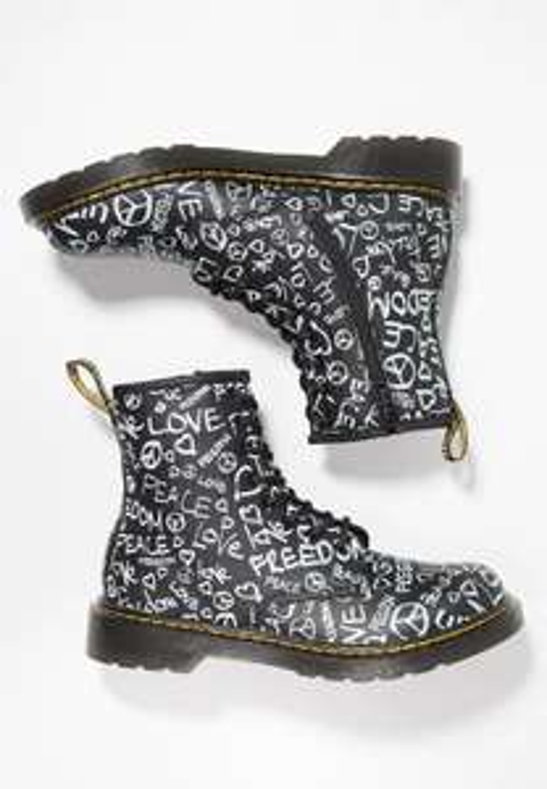 Dr. Martens kids boots -60% (28 t/m 36) @ Zalando