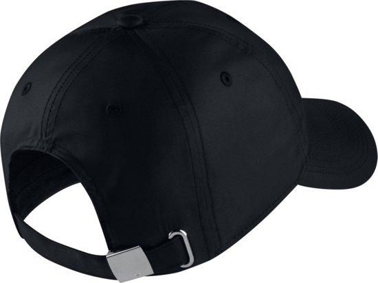 Nike U Nk H86 Cap Nk Metal Swoosh Sportcap Unisex - Black/(Metallic Silver)