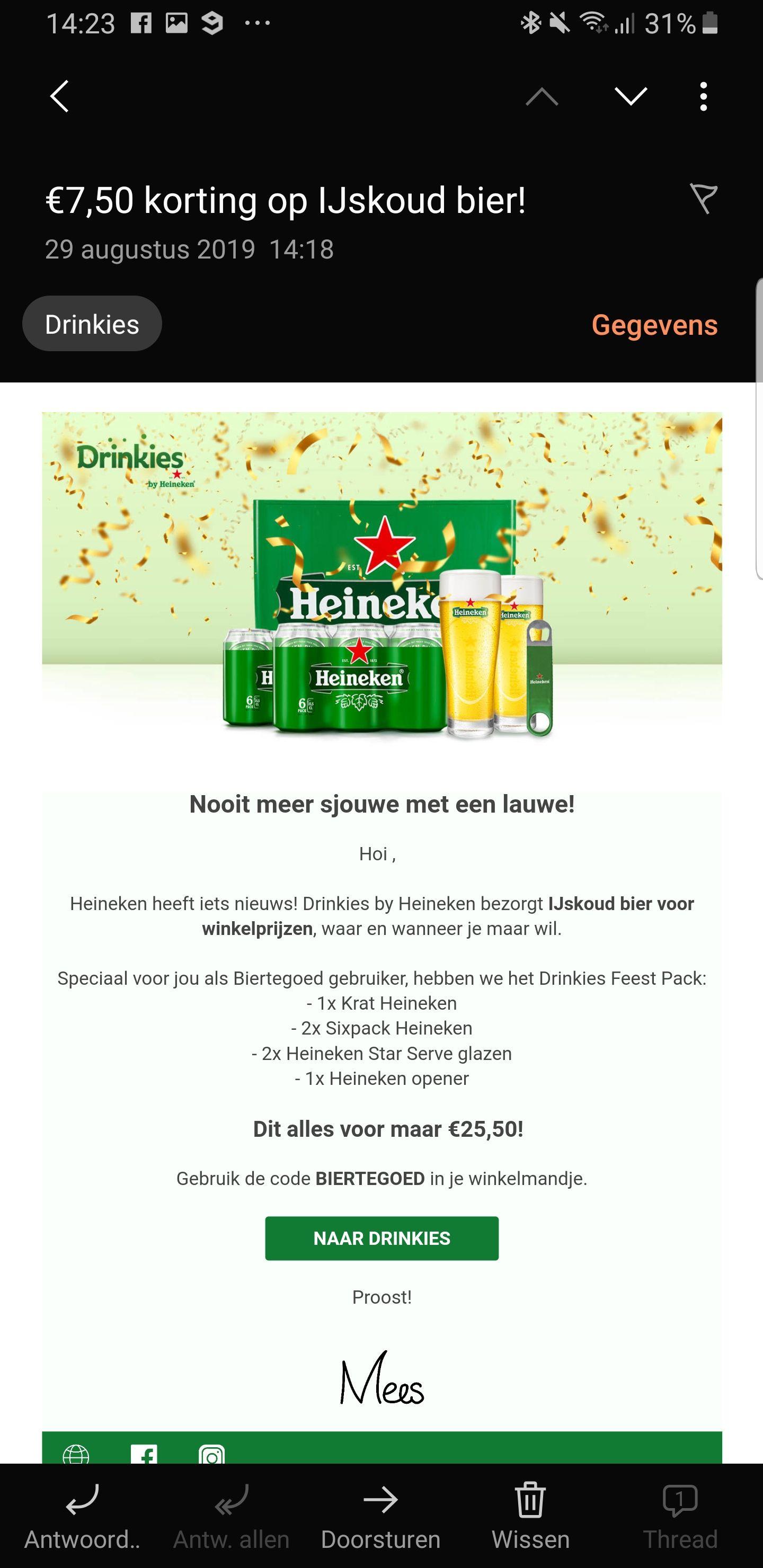 1 kratje + 2 glazen + 2 blikken + 1 opener koude Heineken voor €25,-