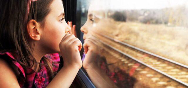 Kinderen reizen gratis van 4 t/m 11 jaar gratis en onbeperkt met u mee (met de trein) - ook tijdens de spits.