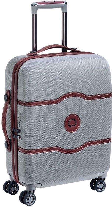 Diverse koffers en reistassen in de aanbieding @ Bol.com