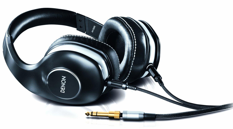 Denon AH-D600 (Zwart) voor € 140,77 @ Amazon.de