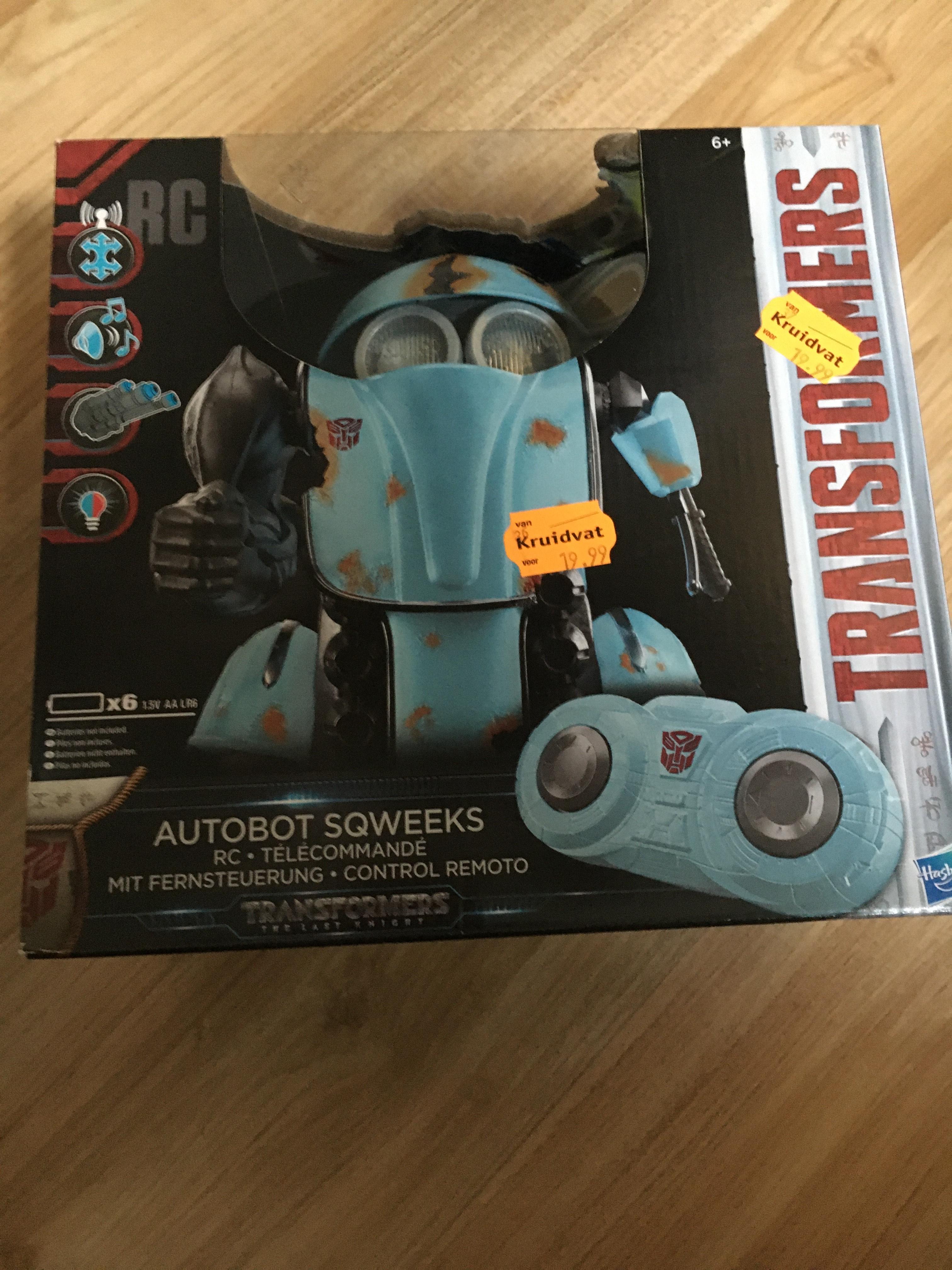 Transformers autobot sqweeks @ Kruidvat