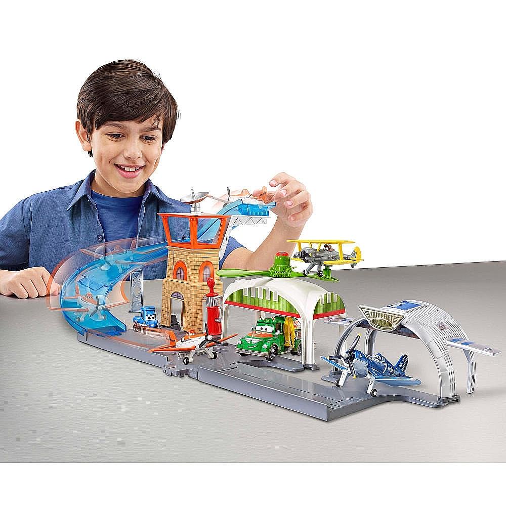 "Disney Planes Vliegveld speelset voor €11,95 @ Toys ""R"" Us"