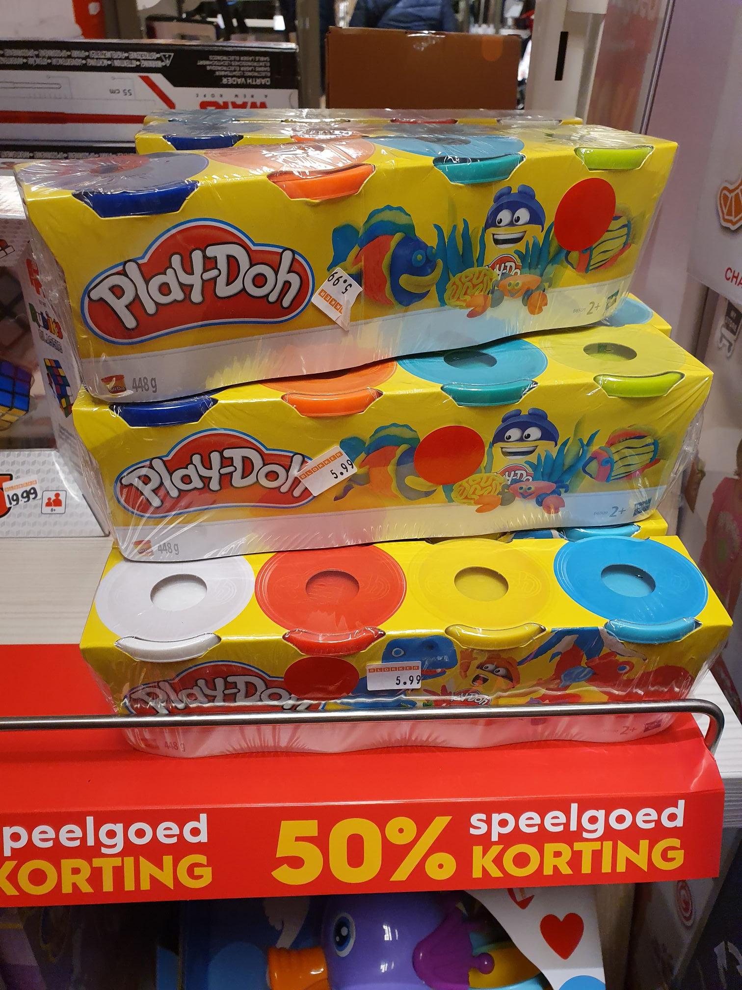 4 potjes Play-doh (448 gram) voor €2,99 @ Blokker (Papendrecht)