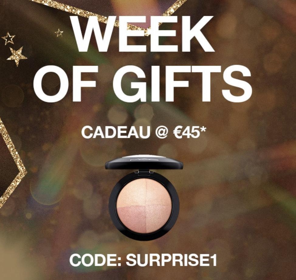 Cadeau bij elke aankoop vanaf €45,- @MAC Cosmetics