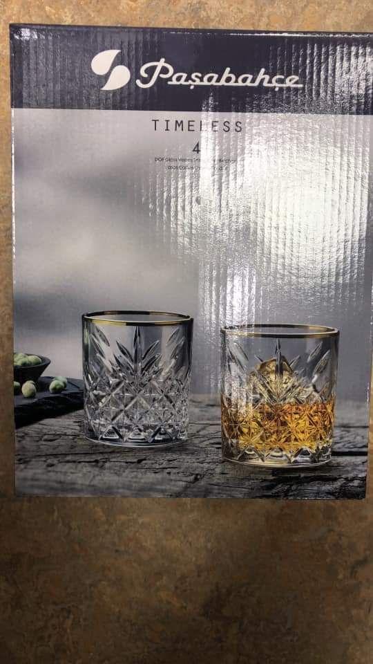 [Prijsfout] 4 whiskeyglazen met gouden rand van Paşabahçe €4 @ Blokker