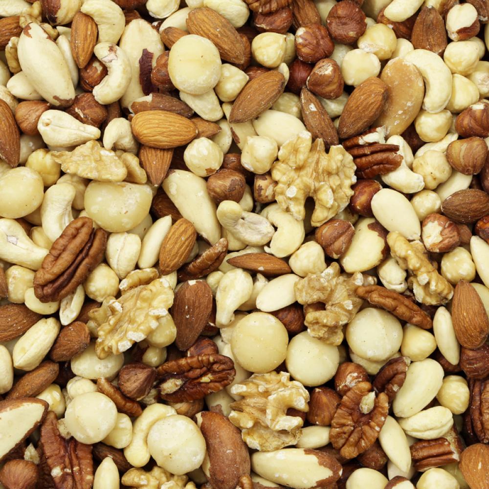 3 kilo ongebrande en ongezouten noten voor 38,85 (12,95/kilo) @De Notenshop