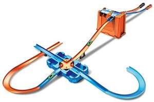 Hot Wheels GGP93 - Track Builder Mega Stunt Box met Tracksets met toebehoren inkl. 2 Autos
