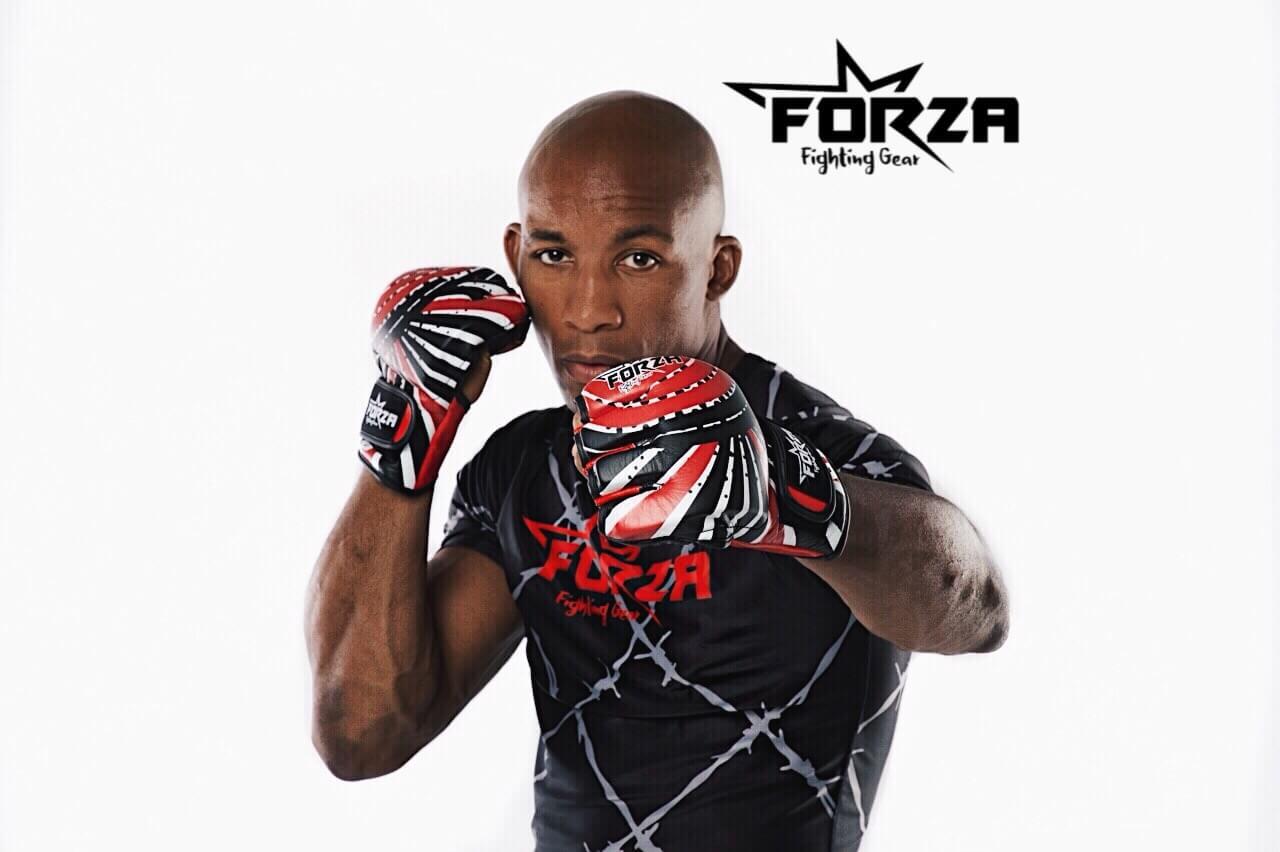 Forza Fighting Gear handschoenen 25% Blackfriday deal.