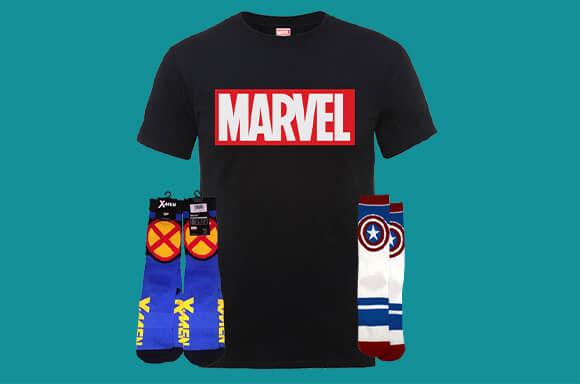 2 paar sokken en 1 t-shirt van Marvel + gratis verzending @ Zavvi