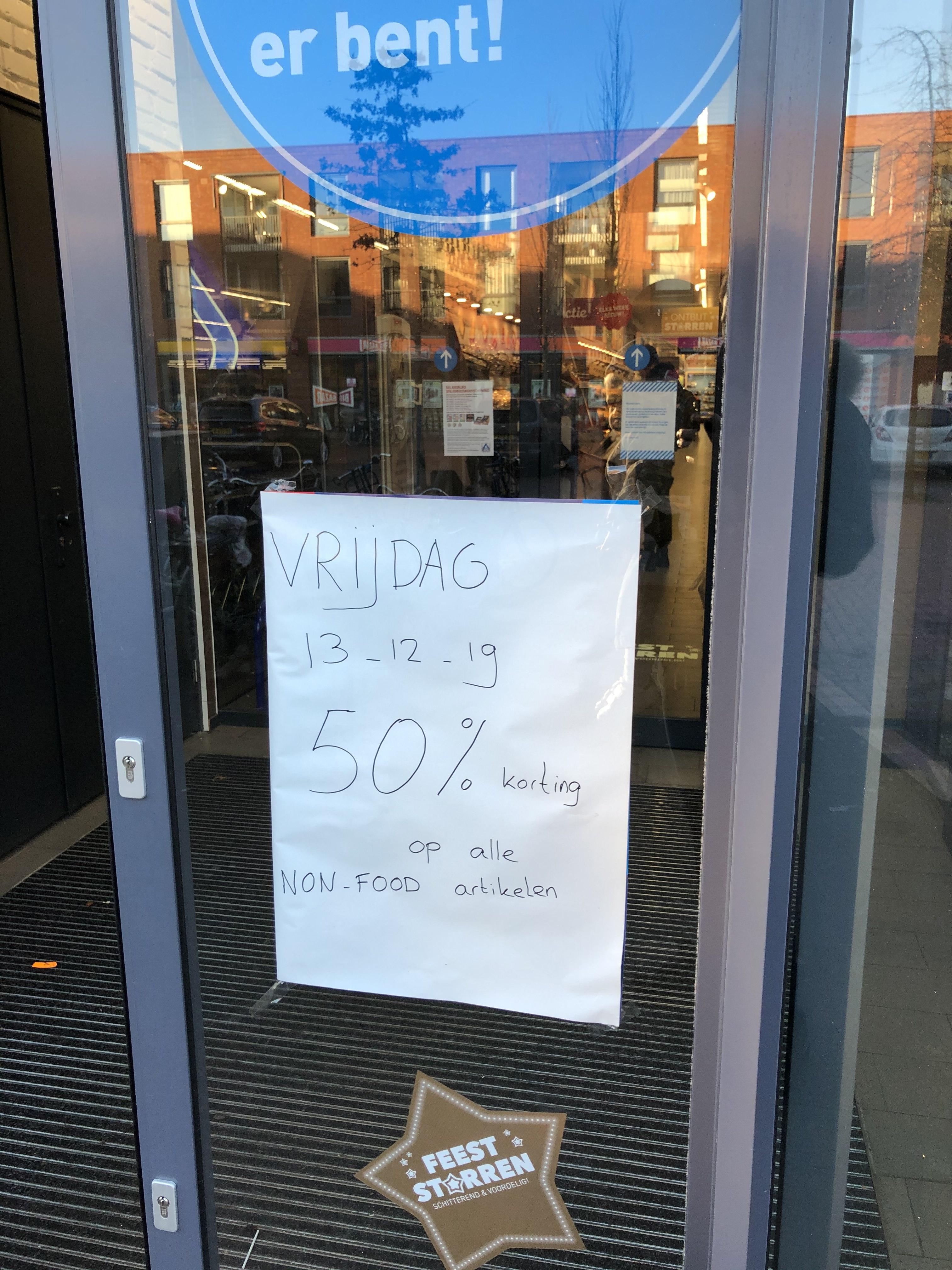 50% korting op non food Aldi (lokaal Haroekoeplein Utrecht)