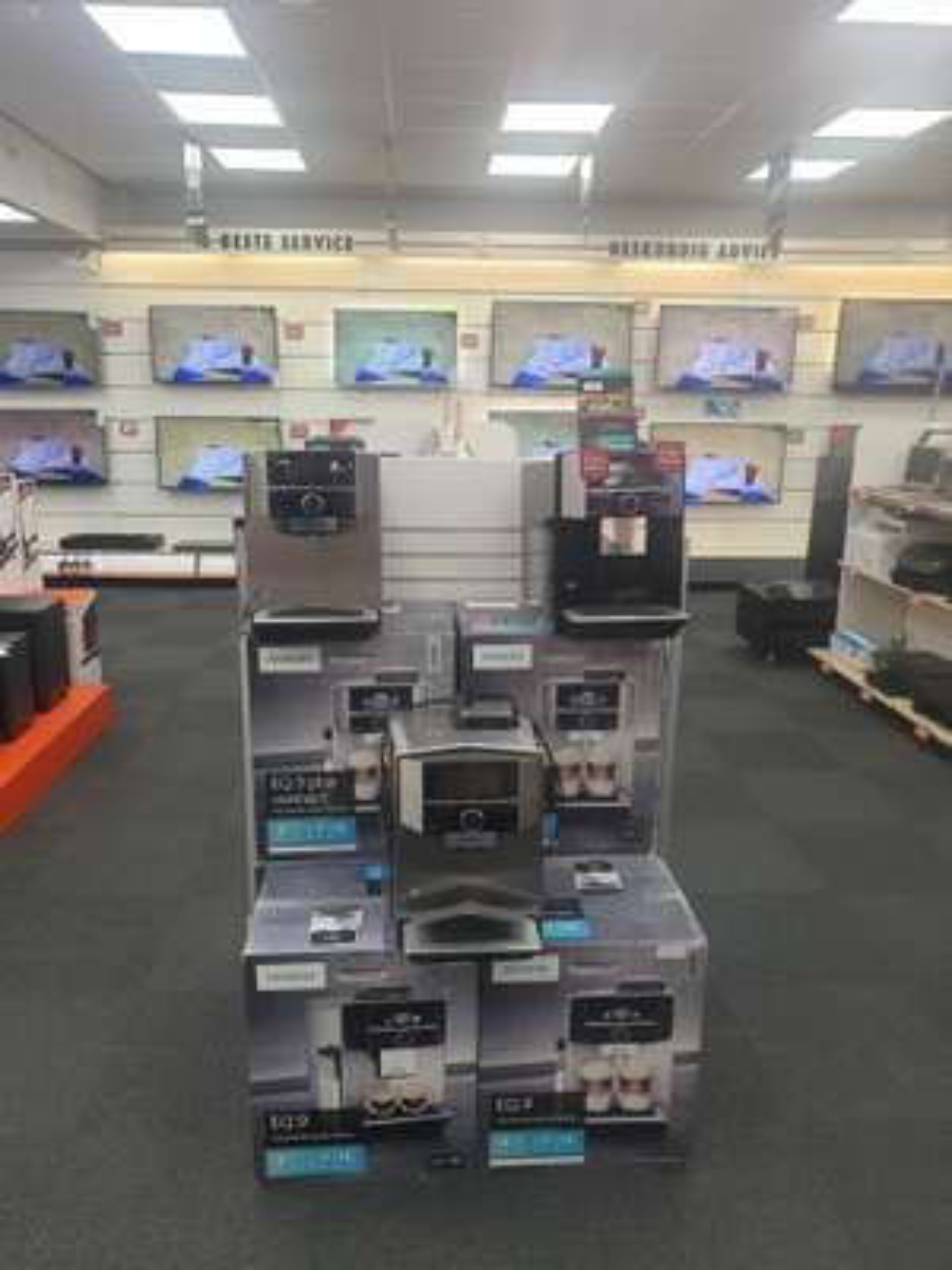LOKAAL Siemens EQ.9 S300 699€ & S500 849€ bij Expert Lochem