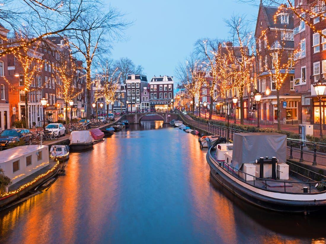 Hele dag parkeren vanaf 5 euro in de binnenstad van Amsterdam! @parkingcentrum oosterdok