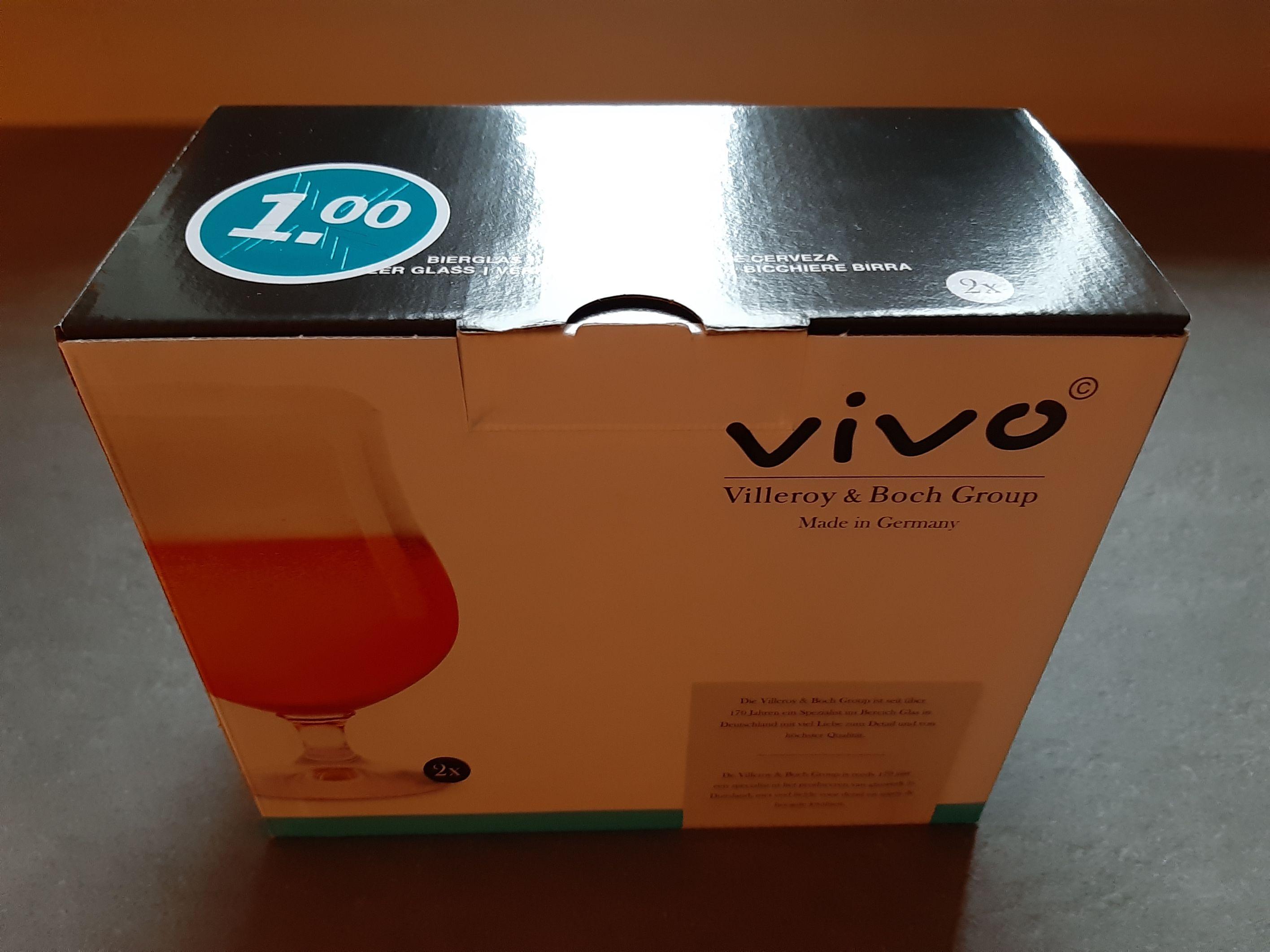 Vivo glazen 1 euro AH Rijssen en snij/serveerplank groot