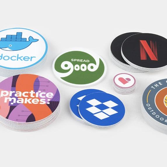 50 ronde stickers met je eigen ontwerp voor €8,70