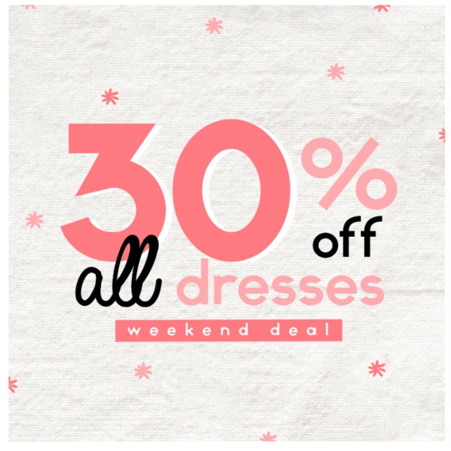 Het hele weekend 30% korting op alle jurken bij Invito