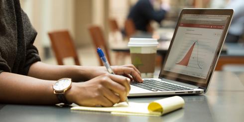 Harvard University - 67 gratis online courses