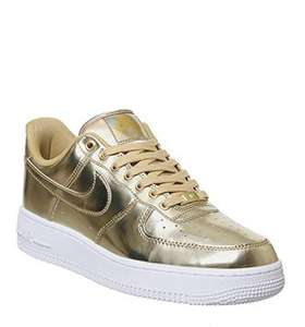 Office shoes, Nike Airforce 1 07 metallic goud/zilver