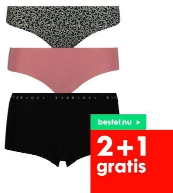 Ondergoed 2+1 gratis - ook sale (al 3 voor €6 ipv €25,50) @ HEMA