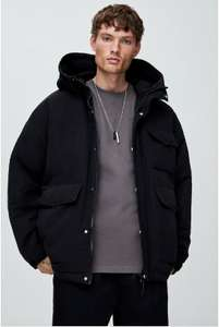 Pull & Bear (man), Puffy jack in utility stijl.