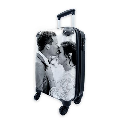 Eigen foto op cabin size koffer 36L voor €43,98 (normaal €109,95) @ Canvas Company