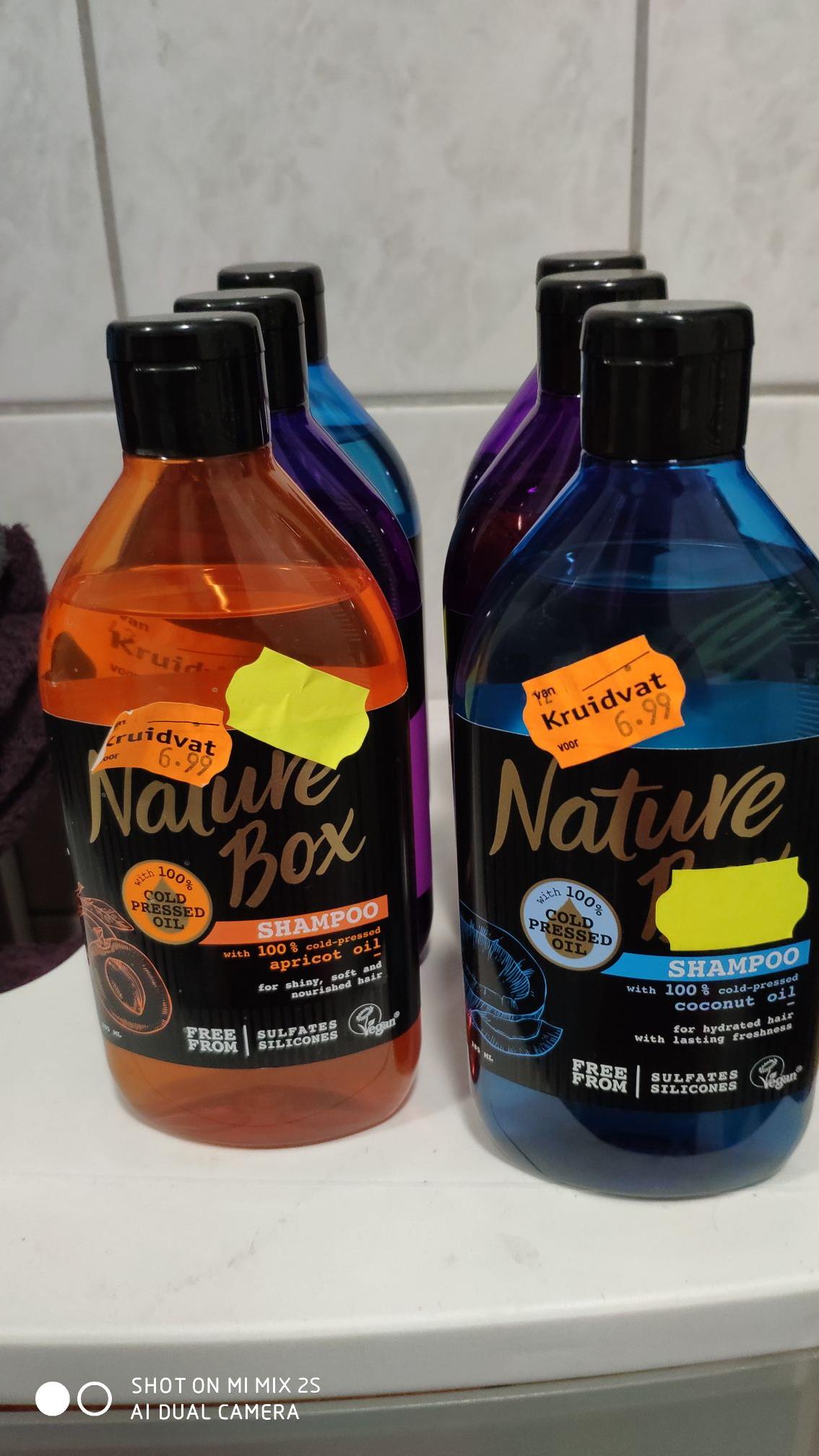 Nature Box Shampoo & Shower Gel (50% korting + 2de voor 1€) @Kruidvat