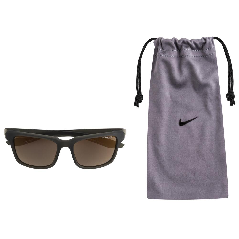 Zonnebrillen van Nike voor €33,33 p/s - keuze uit 77 verschillende @ Sport-korting.nl