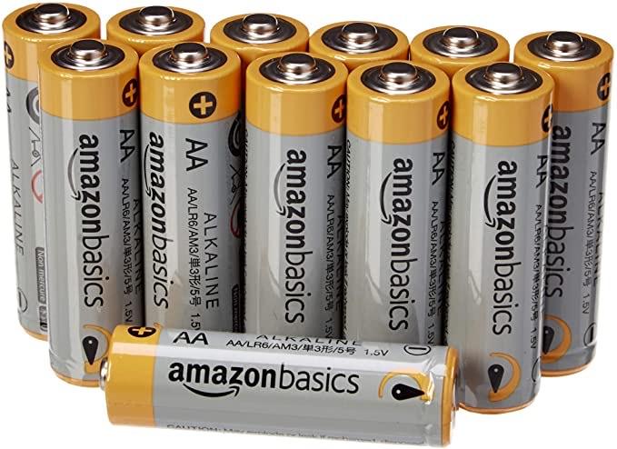 12 AmazonBasics AA batterijen
