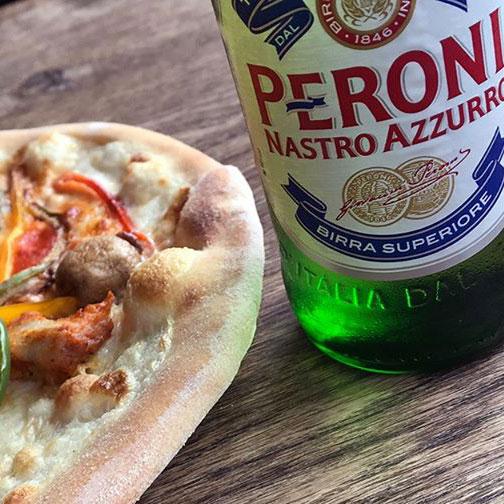 [lokaal] Woodstone - Gratis Peroni voor Papa bij je Pizza