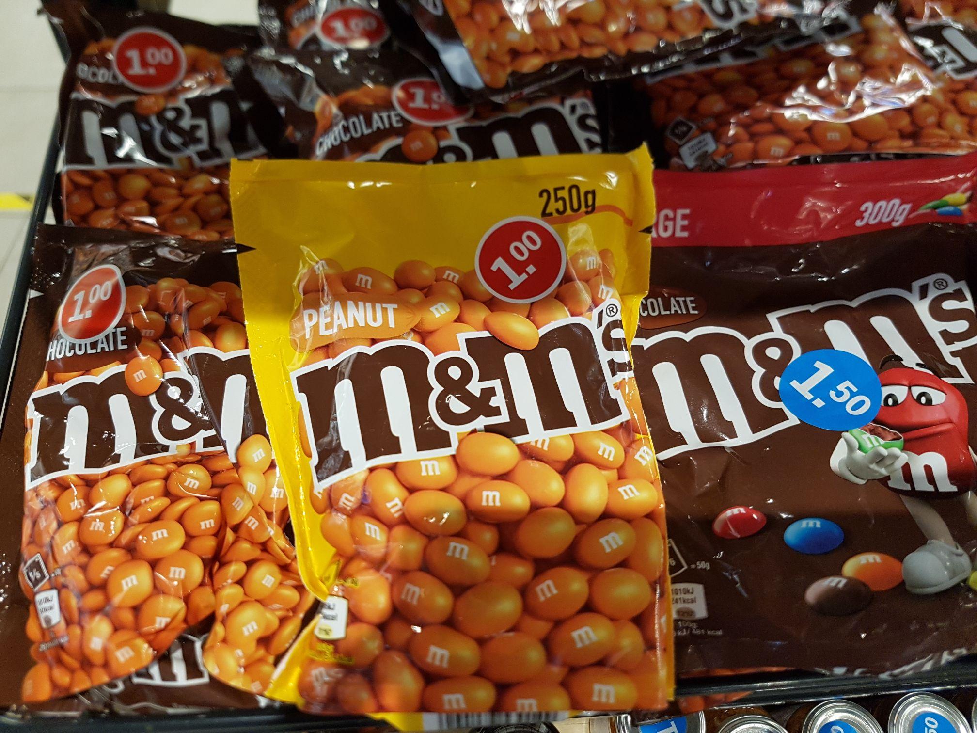 [LOKAAL?] M&Ms Peanut en M&Ms Chocolat 1 euro! @ Albert Heijn