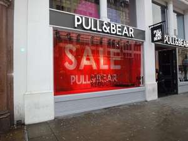T-shirts vanaf €3,99! De 2e Sale ronde bij Pull&Bear is gestart met kortingen tot 60%!