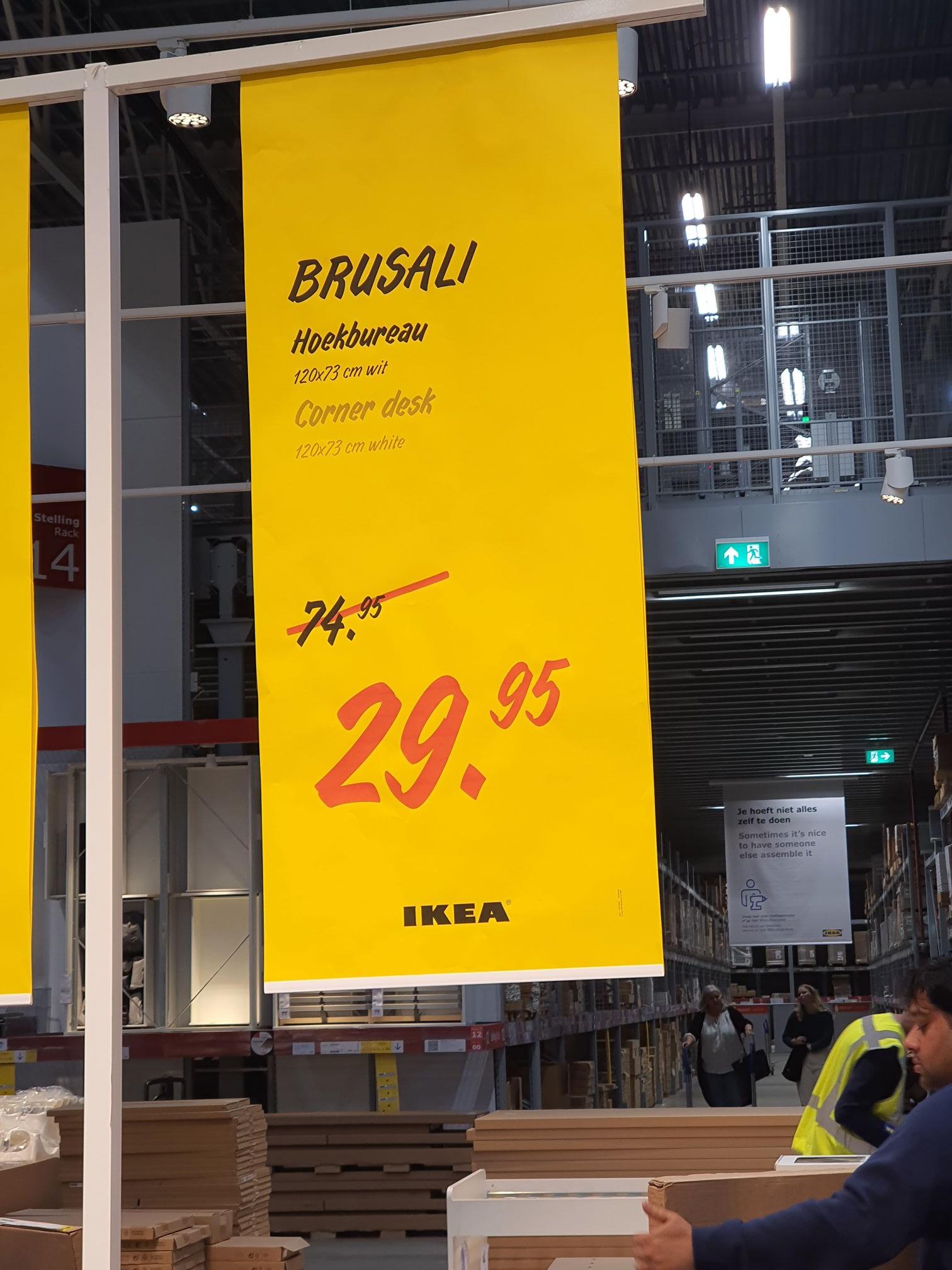 IKEA brusali hoek bureau 29,95